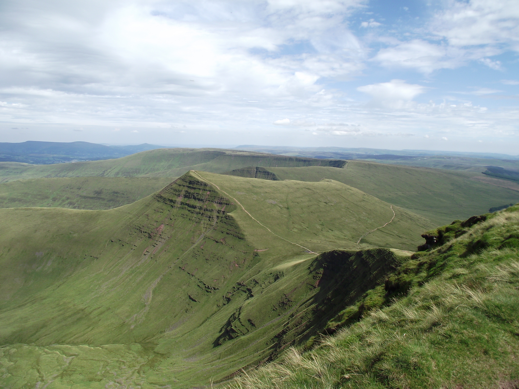 brecon single guys Families of three men who families dismayed at junior officers' charges edward maher and james dunsby died after training exercise at pen y fan in the brecon.