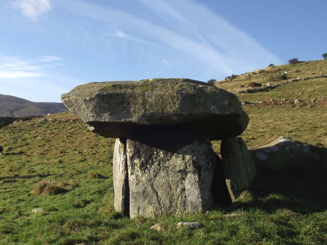 Maen y Bardd tomb, near Tal y Fan in the Northern Carneddau