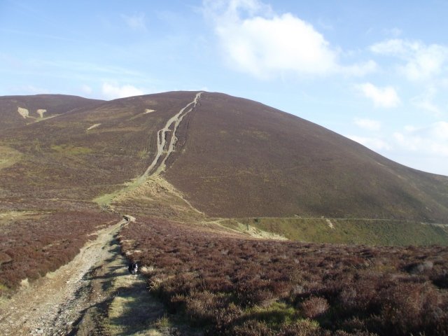 Our last peak, Moel y Gamelin – with the 'chicken run' path heading down and right