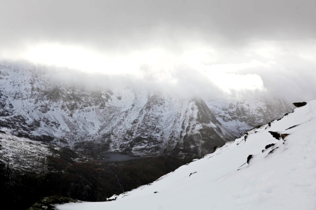 Bad weather closing in - Snowdonia (JB)