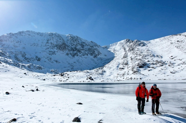 Llyn Bochlwyd frozen, with Glyder Fach behind and to the left (JB)
