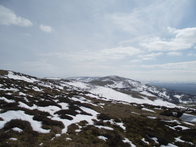 Looking southeast from Moel y Parc, with Moel Famau just visible dead centre (click to zoom)