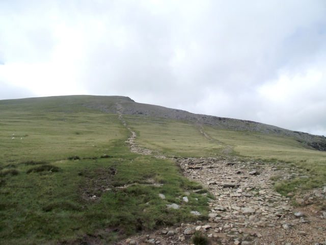 …. and the same path junction on Y Garn looked like this