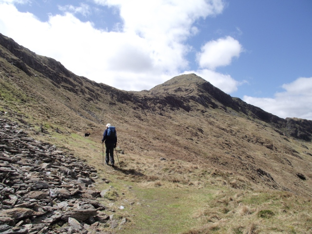 Above the mine and quarry, heading towards the East Ridge of Yr Aran