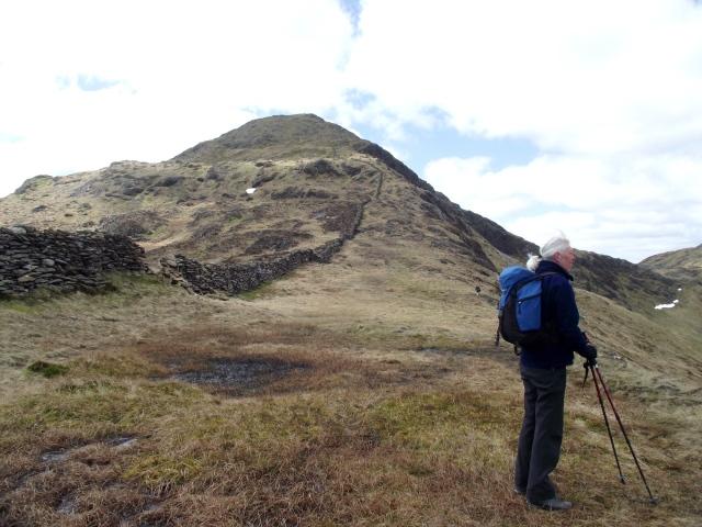 The broad East Ridge, leading straight to the summit of Yr Aran.