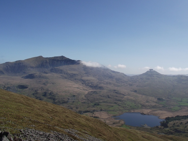 Yr Aran on the right, with Yr Wyddfa (Snowdon) higher on the left
