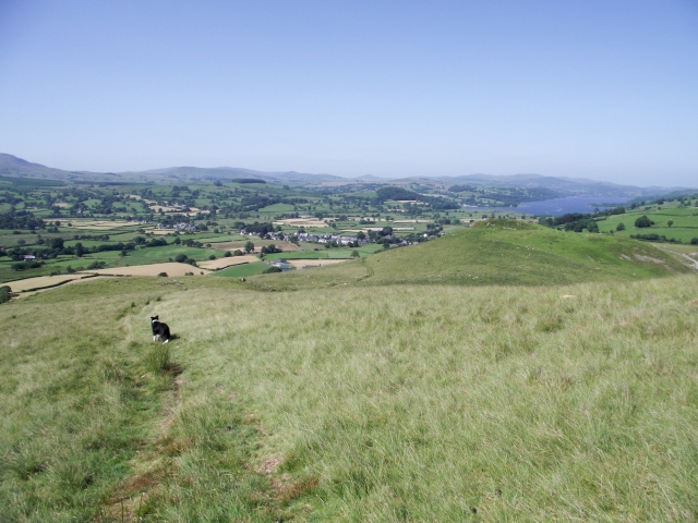 Nearly finished – the low part of the ridge looking towards the village of Llanuwchllyn