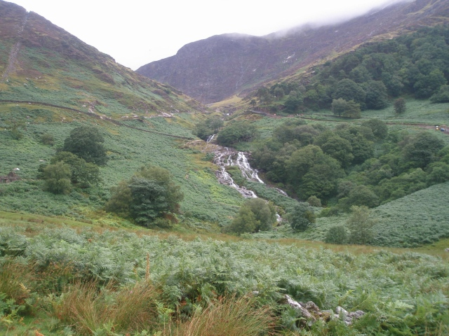 The waterfalls on the lower part of the Watkin Path (PS)