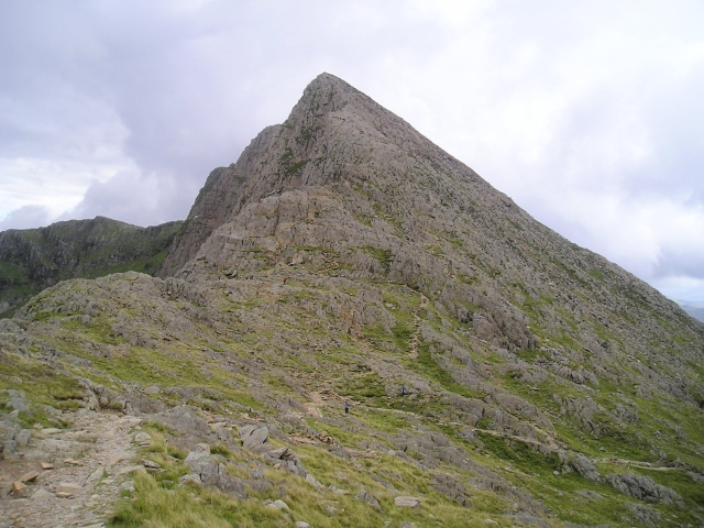 Y Llewidd, with the Watkin Path descending to the bottom right corner