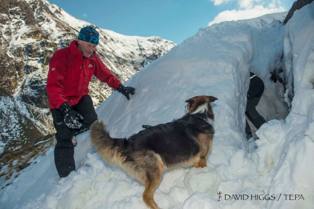 Completing the snow cave where the body will hide (DH)