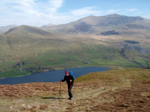 Above the steep section, with the lake of Llyn Cwellyn below