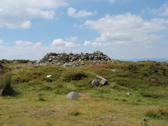 Remains of an ancient cairn on Cyrn y Brain