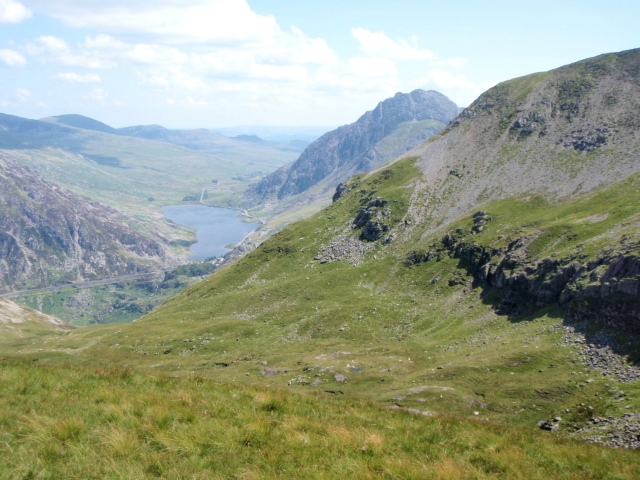 Another view of the cwm, with Tryfan and the lake of Llyn Ogwen beyond
