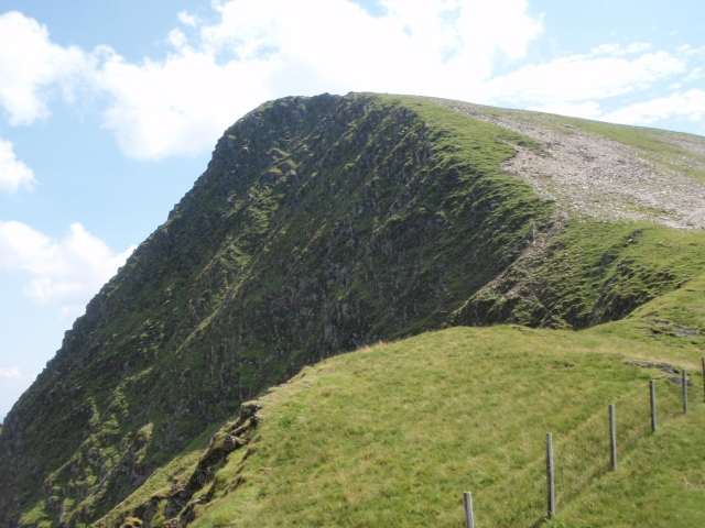The northern cliffs of Foel Goch