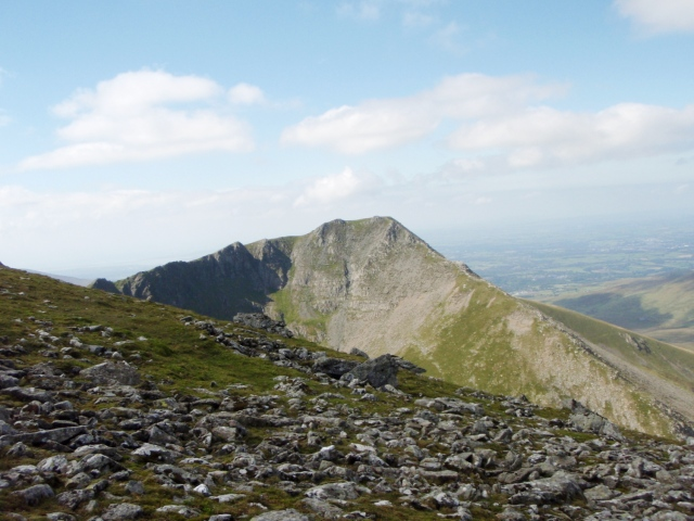 The east face of Yr Elen, seen on the descent from Carnedd Llewelyn ….