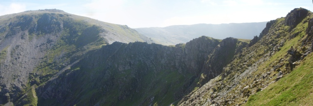 The northeast facing cliffs of Yr Elen, leading to Carnedd Llewelyn ….