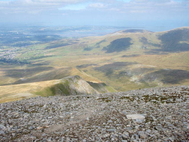 One last look back along the route of ascent from the summit of Carnedd Dafydd ….