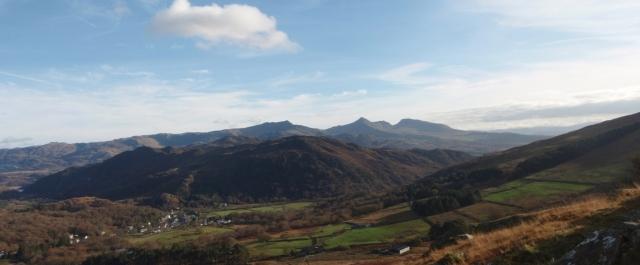 Looking southeast towards Cnicht, Moelwyn Mawr and Moelwyn Bach