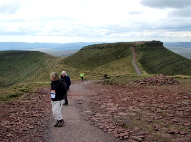 Looking back towards Corn Du on the way to Pen y Fan