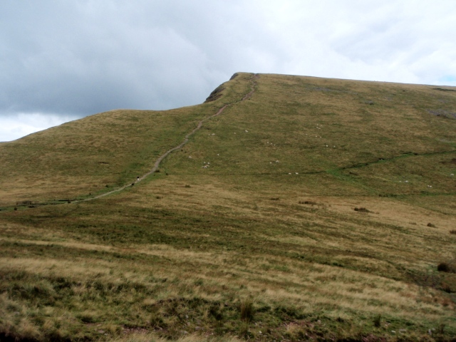 The route up Cribyn
