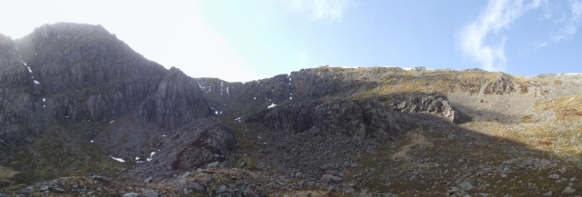 Looking up towards Pen yr Ole Wen (left)