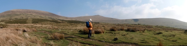 Looking back to (l to r) Moel Wnion, Gyrn and Llefn