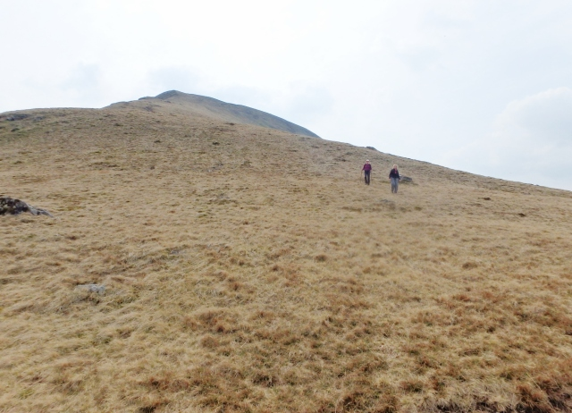 What goes up must come down – on the descent from Fan Foel