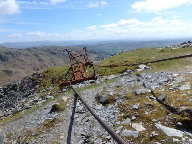 Abandoned cableway
