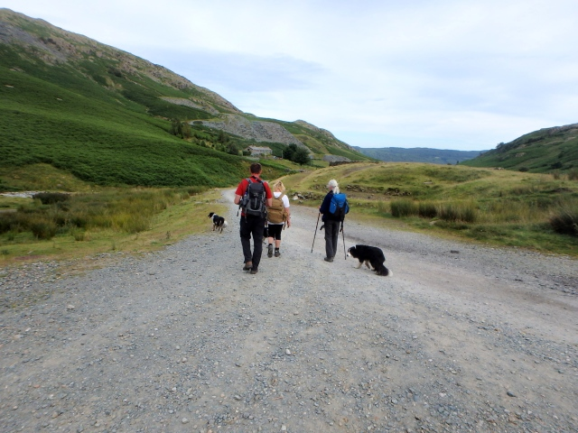 Heading for home – Coppermines Valley