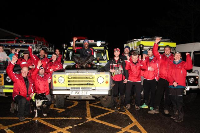 The Mountain Rescue volunteers who turned out to welcome Javed ….