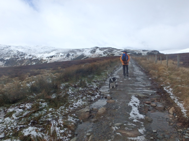 Setting out – the snow looking a bit sparse ….