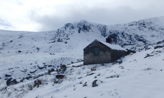 At last, Dulyn bothy standing at 500 metres