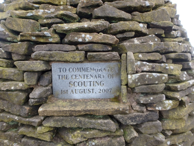 Plaque on the cairn