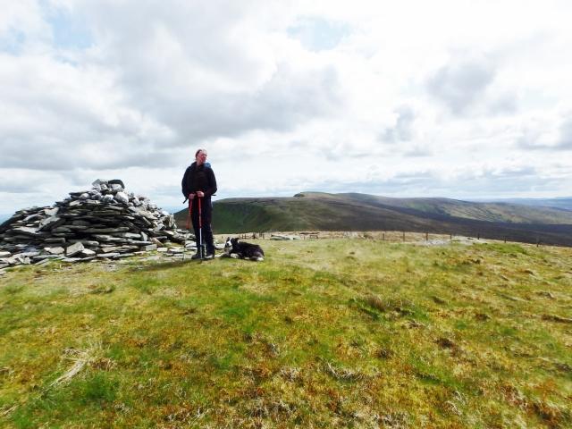 …. With good views back towards Cadair Bronwen ….