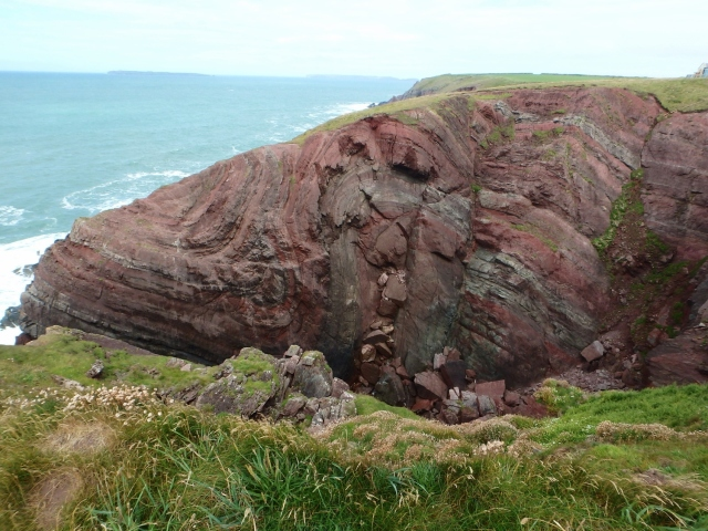 Folded rock layers at St Ann's