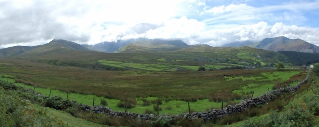 Yr Elen and Carnedd Dafydd under cloud – situation normal!