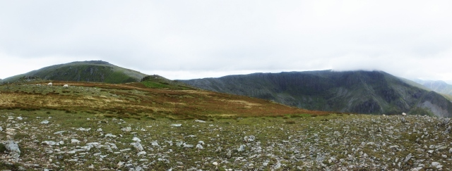 Looking from Yr Elen to Carnedd Llewelyn (left) and Carnedd Dafydd (right, under cloud)