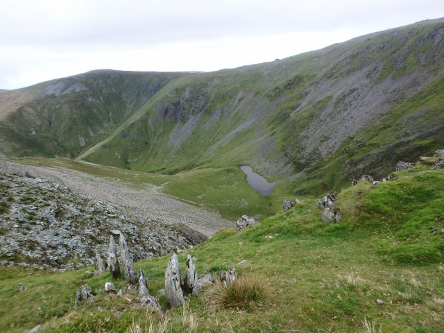 Looking down to the tiny lake in Cwm Caseg below Yr Elen