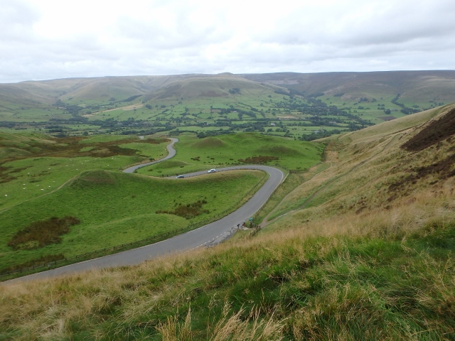 The road down to Edale