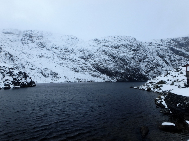The lake at Dulyn in winter ….